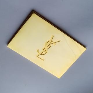 Зеркальце Yves Saint-Laurent