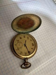 Старий годинник в ремонт