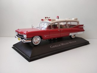 Карета скорой помощи Cadillac Miller Meteor ambulance 1:43
