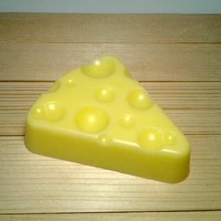 """Мыло ручной работы """"Сыр"""""""