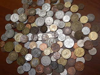 Монеты разных стран мира.130 шт. Из разных континентов.