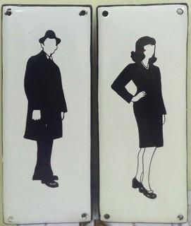 Две эмалированные таблички СССР силуэты мужчины и женщины.