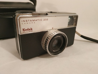 Фотоапарат Kodak Instamatic 233