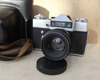 Фотоаппарат Зенит Е. Объектив Гелиос-44-2.