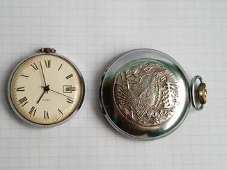 Часы карманные 2 штук