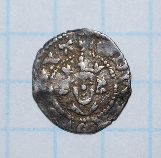 Монета средневековой Англии. Вес 0,29 г.
