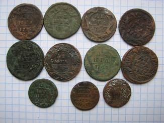 Деньга 1735, 1731, 1734, 1737, 1740, 1748, 1750 и полушки 1735 и 1734 г