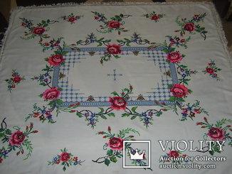 Скатерть 164х144 см ручная вышивка