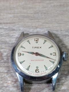 """Часы """"Timex"""" винтажные"""