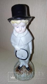 Статуэтка*Мальчик с обручем*Кузнецовъ.