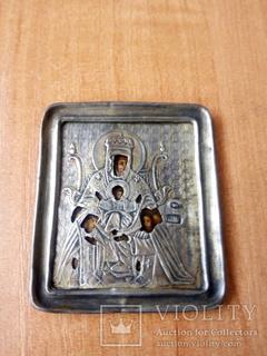 Старинная Икона в серебряном окладе.