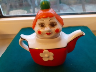 «КАРЛСОН» Редкий чайник из сервиза МАЛЫШ и КАРЛСОН Коростень 1980-е фарфор СССР ЛЮКС