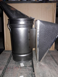 Дымарь пасечный (черный металл).