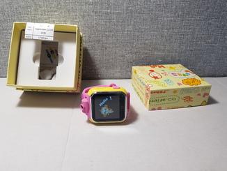 Детские телефон часы с GPS трекером, камерой Q200 Pink