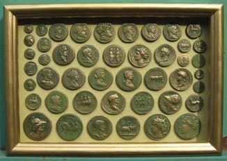 Самая большая античность в зелёной патине. Копии, со стеклом 31х22 см.
