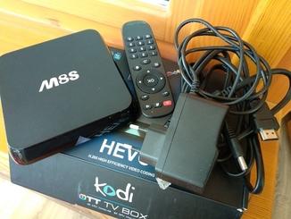 Smart TV медиаплеер Alfacore smart tv M8 S приставка