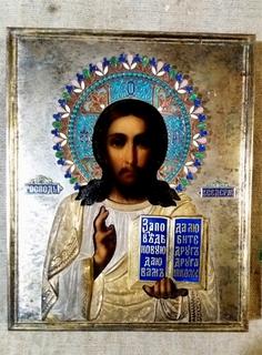 Икона Господь Вседержитель в серебряном окладе с эмалями и позолотой