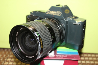 Фотоаппарат CANON T 70 + SUN ZOOM 24-42мм/3.5-4.5