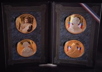 Наполеон Бонапарт 4 настольные памятные медали Франция