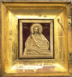 Икона с Образом Христа Спасителя вышита золотой ниткой