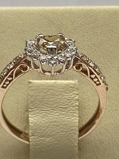 Кольцо с бриллиантом огранки сердце -0,83 карат   Сертификат
