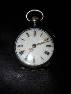 Женские швейцарские часы на ходу