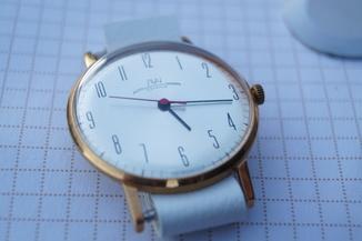 Часы Луч СССР коробка Новые не ношенные 1980 год