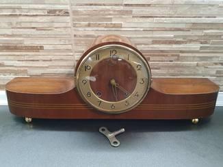 Каминные часы VEB (K) Feinmechanische Werkstätten Zella-Mehlis (Thür). Германия.