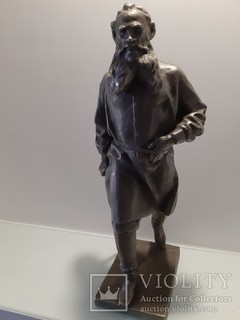 Скульптура Л.Н.Толстой скульптор Чеботарев