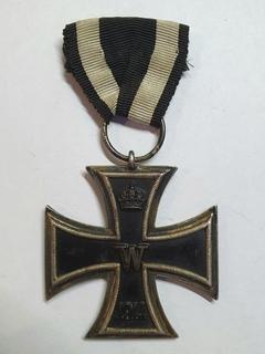 Железный крест 2 класса 1914 года, клеймо LW.