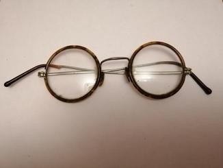 Очки круглые старые