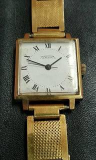 Часы Ракета AU12.5+ браслет Au с клеймом.