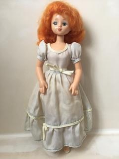 Елена в платье . Луганская фабрика игрушек