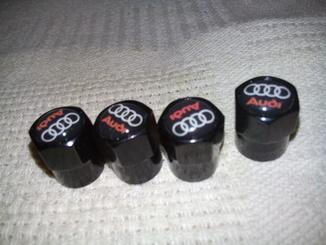 Колпачки на ниппель Audi