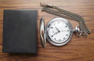 Карманные часы Молния ( глухарь )