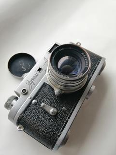 Фотоаппарат Зоркий 4 и объектив юпитер 8 1957 года СССР цейсовский