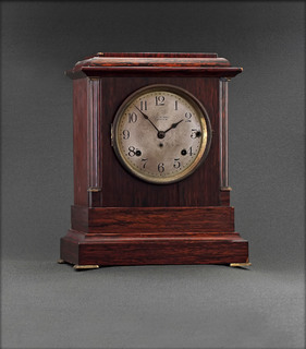 Часы каминные Seth Thomas Sonora Chime Mantel Clock. Начало ХХ века.