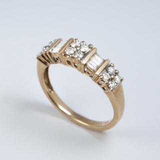 Винтажное золотое кольцо с бриллиантами