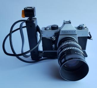 Фотокамера Praktica ltl Pentacon 2. 8/135