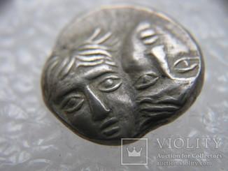 Истрия.Тригемиобол. 400-350 до н.э.