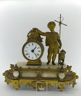 Антикварные настольные часы котором более 100 лет арт. 08