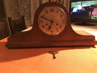 Комодные часы с боем. Германия