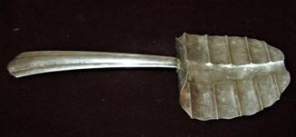Сервировочная лопатка для спаржи по серебрение клеймо Германия