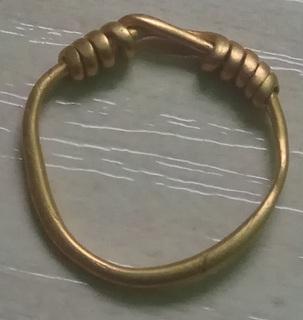 Височное кольцо 1,48гр