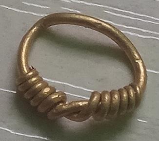 Височное кольцо 0,82гр
