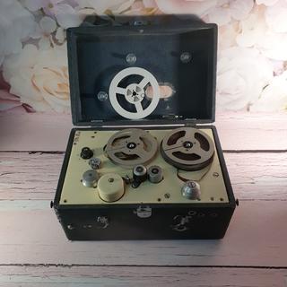 Катушечный магнитофон Днепр-8 1954год