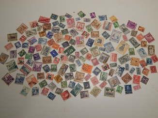 Коллекция старинных почтовых марок разных стран мира. 146 шт.