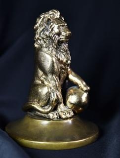 """Бронзовая статуэтка ручной работы """"Лев"""""""
