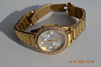 Женские наручные часы Esprit. 107152. Water Resistant (5 atm/ 50 meters). Состояние новых