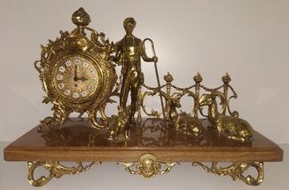 """Камінний механічний годинник на мармуровій підставці  """"Пастушок"""" арт. 04"""